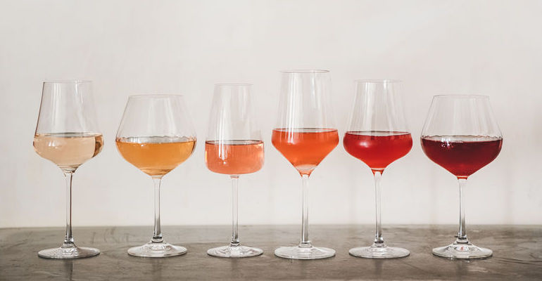 Rose Wine Color Changes with Storage Conditions